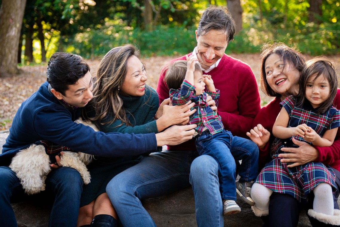 Family Fall Photo Sessions - Holiday Cards - Central Park, NYC